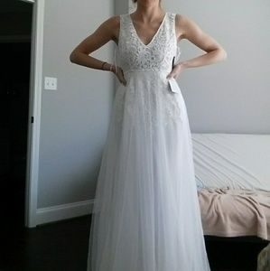 c786952d795 Lulu s Dresses - Lulu s minnie white lace maxi
